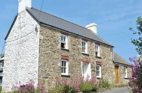Big Cottages - Beautiful St Davids Cottage S21921