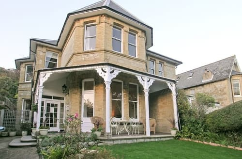 Last Minute Cottages - Wonderful Ventnor Cottage S14374