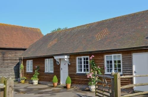 Last Minute Cottages - Lovely Arundel Cottage S13799