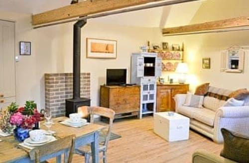 Big Cottages - Quaint Battle Lodge S13847