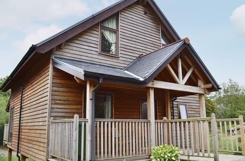 Big Cottages - Tasteful Brighstone Cottage S14206
