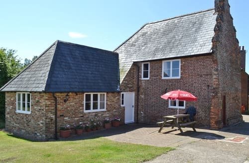 Big Cottages - Charming Canterbury Cottage S13575
