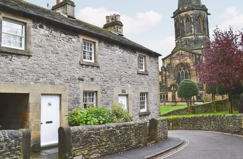 Last Minute Cottages - Luxury Bakewell Cottage S16461