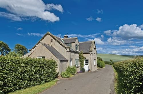 Dog Friendly Cottages - Lovely Eyemouth Cottage S23774