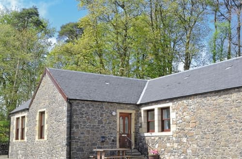 Last Minute Cottages - Inviting Biggar Cottage S23529