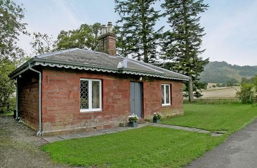 Last Minute Cottages - Cosy Perth Lodge S23384
