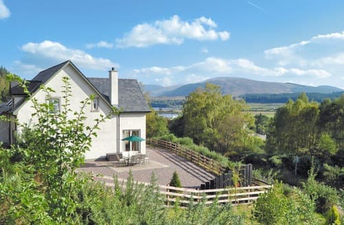 Last Minute Cottages - Cosy Spean Bridge Cottage S22640