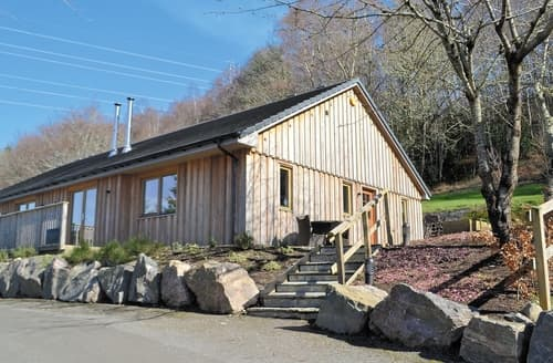 Last Minute Cottages - Cosy Inverness Lodge S22735