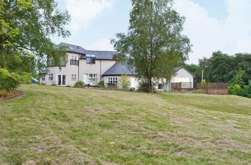 Big Cottages - Tasteful Ayr Cottage S23491