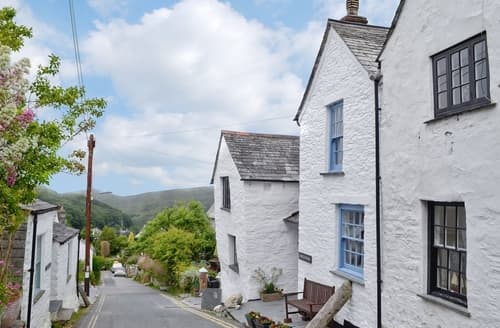Last Minute Cottages - Lovely Boscastle Cottage S26150