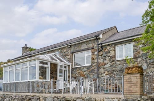 Big Cottages - Cosy Caernarfon Cottage S113858
