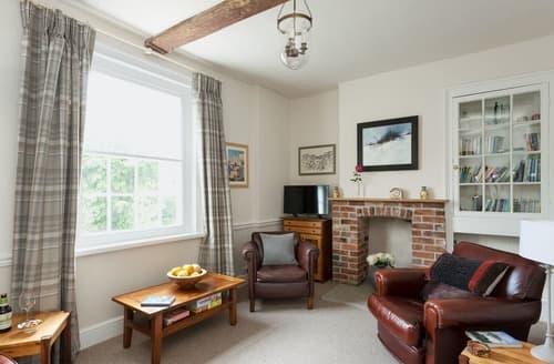 Last Minute Cottages - Adorable Mere Cottage S113629
