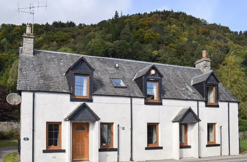 Last Minute Cottages - Beautiful Pitlochry Cottage S123439