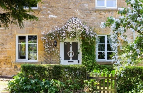 Last Minute Cottages - Delightful Chipping Campden Cottage S123287