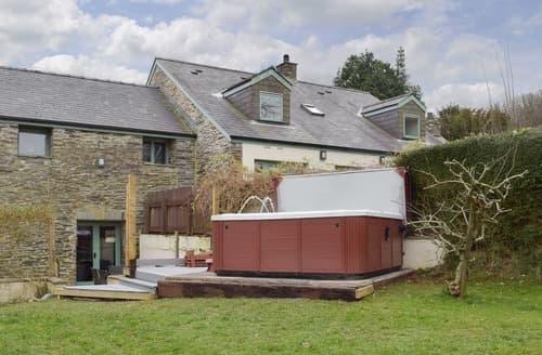 Big Cottages - Wonderful Preseli Hills Cottage S127879