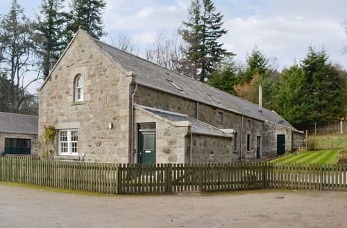 Big Cottages - Exquisite Ballater Cottage S126993