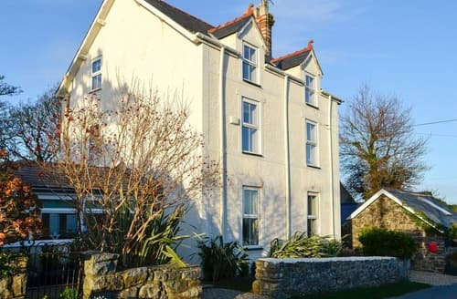 Dog Friendly Cottages - Lovely Abersoch Cottage S127057
