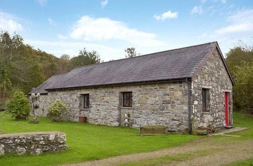 Last Minute Cottages - Splendid Preseli Hills Cottage S127773
