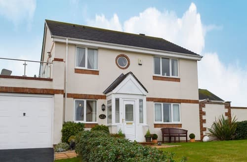 Big Cottages - Inviting Holyhead And Trearddur Bay Cottage S126992
