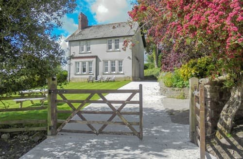 Big Cottages - Adorable Abergavenny Cottage S127695