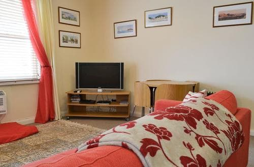 Dog Friendly Cottages - Exquisite Keswick Apartment S78885