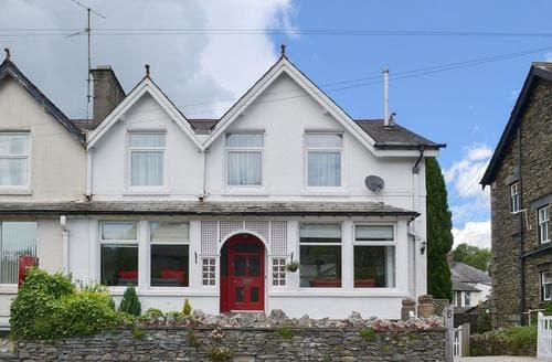 Big Cottages - Tasteful Bowness On Windermere Cottage S83333