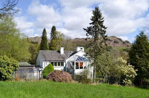 Big Cottages - Adorable Ambleside Cottage S84318