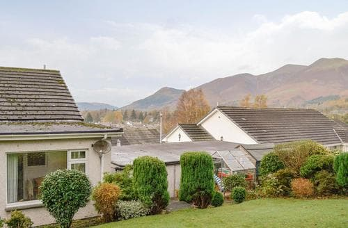 Dog Friendly Cottages - Inviting Keswick Cottage S88373