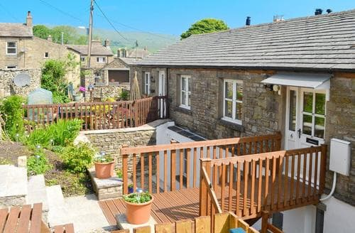 Big Cottages - Quaint Hawes Cottage S50578
