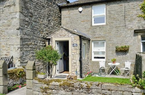Last Minute Cottages - Luxury Grassington Cottage S56499