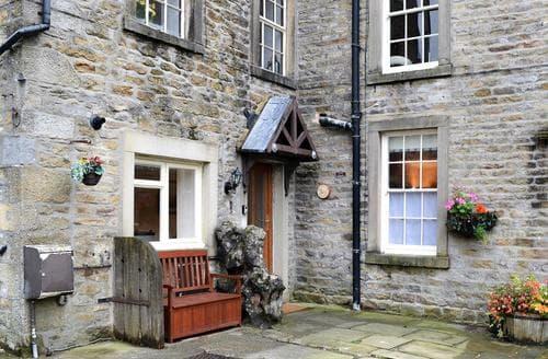 Dog Friendly Cottages - Quaint Grassington Apartment S70740