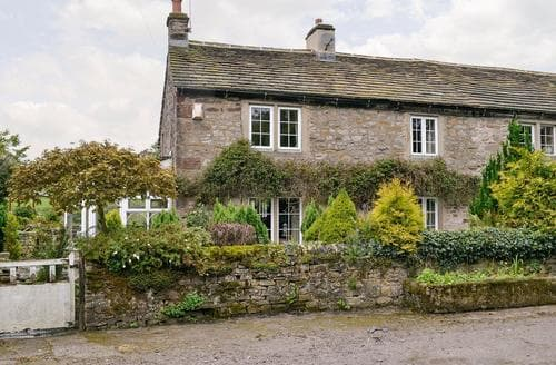 Big Cottages - Tasteful Skipton Cottage S70741