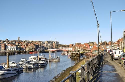 Dog Friendly Cottages - Adorable Whitby Cottage S77562