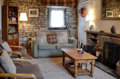 Dog Friendly Cottages - Tasteful Leyburn Cottage S84621