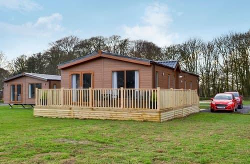 Dog Friendly Cottages - Inviting Flamborough Lodge S126085