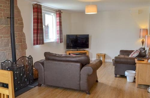 Big Cottages - Stunning Seahouses Cottage S80519