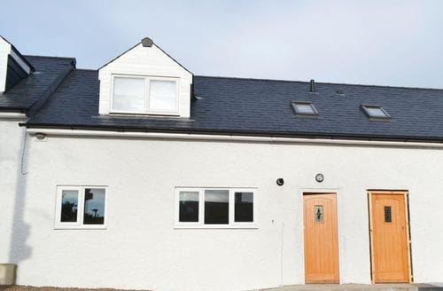 Last Minute Cottages - Black Swan Cottage No.3 - UK3230