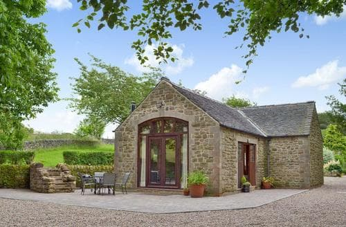 Last Minute Cottages - Attractive Matlock Lodge S60610