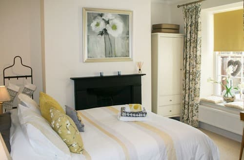 Last Minute Cottages - Exquisite Bakewell Apartment S70445