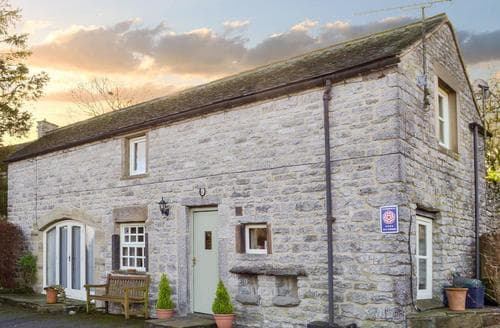 Last Minute Cottages - Exquisite Bakewell Cottage S75590