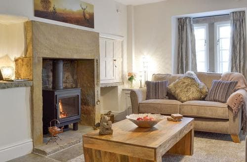 Last Minute Cottages - Beautiful Bakewell Cottage S75207
