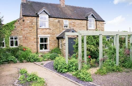 Last Minute Cottages - Captivating Leek Cottage S78443