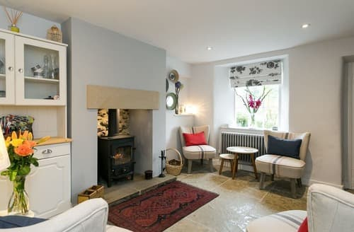 Last Minute Cottages - Delightful Bakewell Cottage S84710