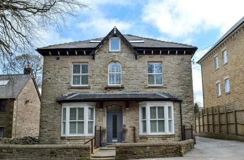 Last Minute Cottages - Adorable Buxton Apartment S97626