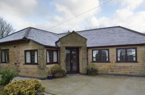 Last Minute Cottages - Beautiful Matlock Cottage S96750