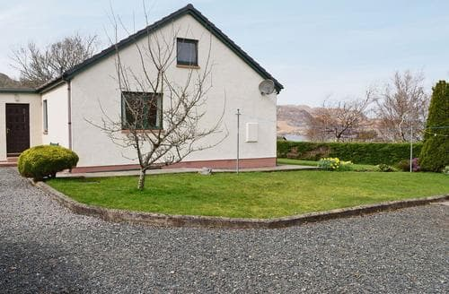 Last Minute Cottages - Adorable Gairloch Cottage S50336