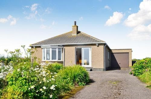 Big Cottages - Cosy Wick Cottage S69967