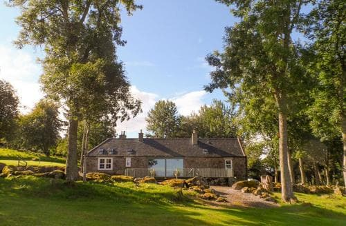 Last Minute Cottages - Stunning Huntly Cottage S77660