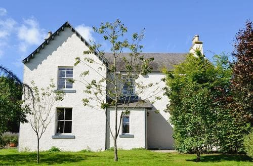Last Minute Cottages - Binns Farmhouse