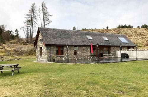 Dog Friendly Cottages - Delightful Aviemore Cottage S74511